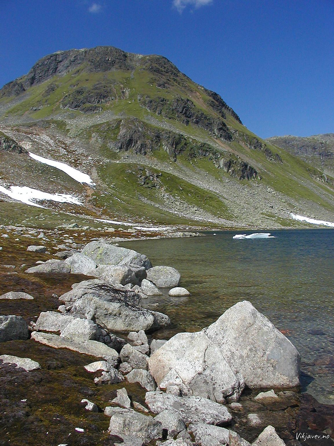 Svelgavatnet og Vetle-Kamben