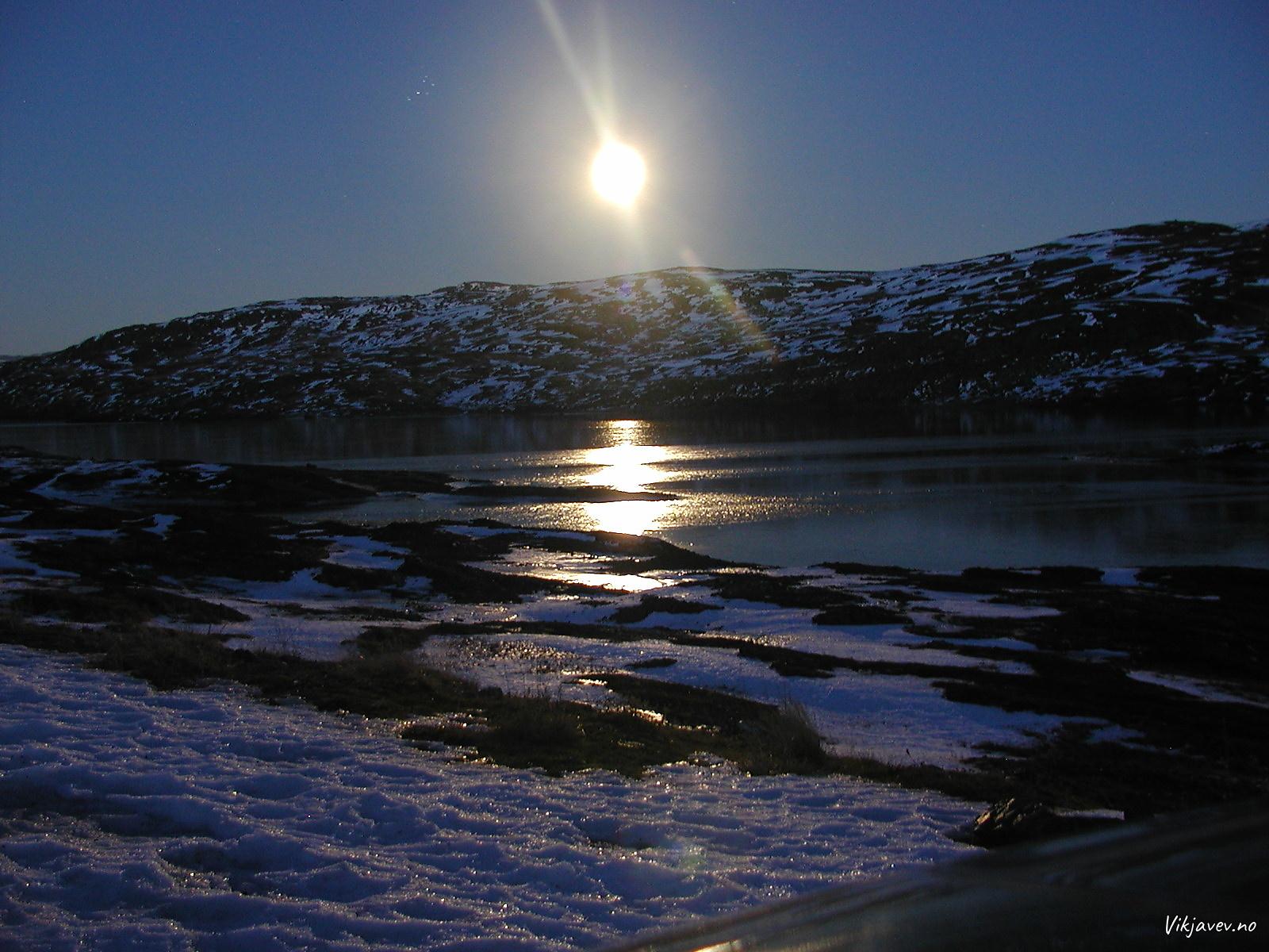 Måneskin over Skjelingavatnet