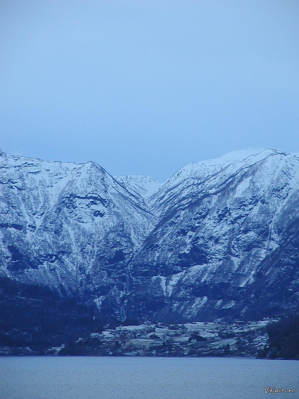 Vinter i Arnafjorden