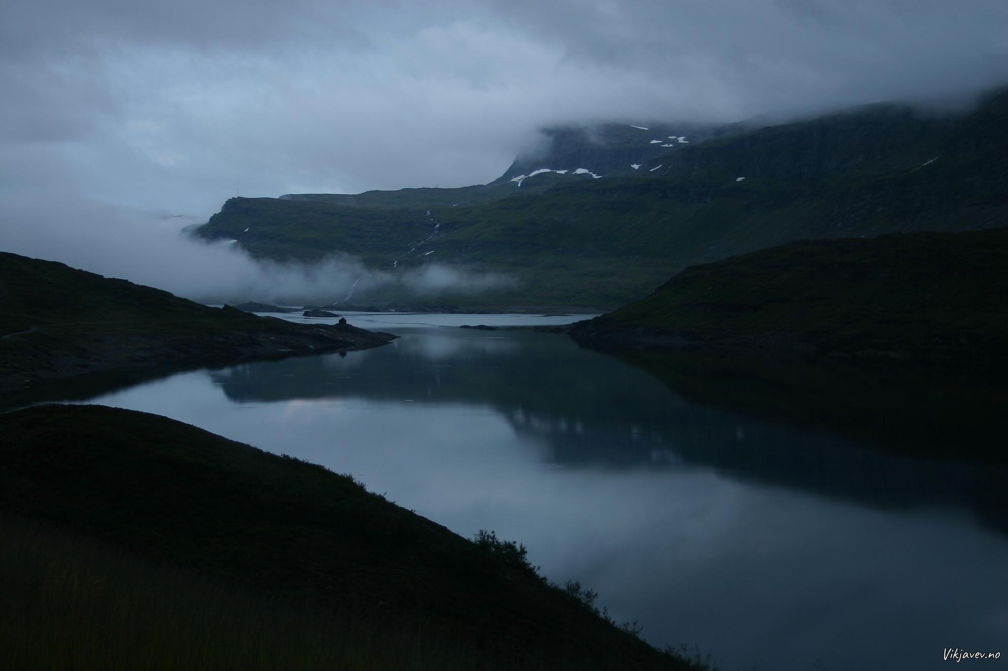 Kveld ved Kvilesteinsvatnet