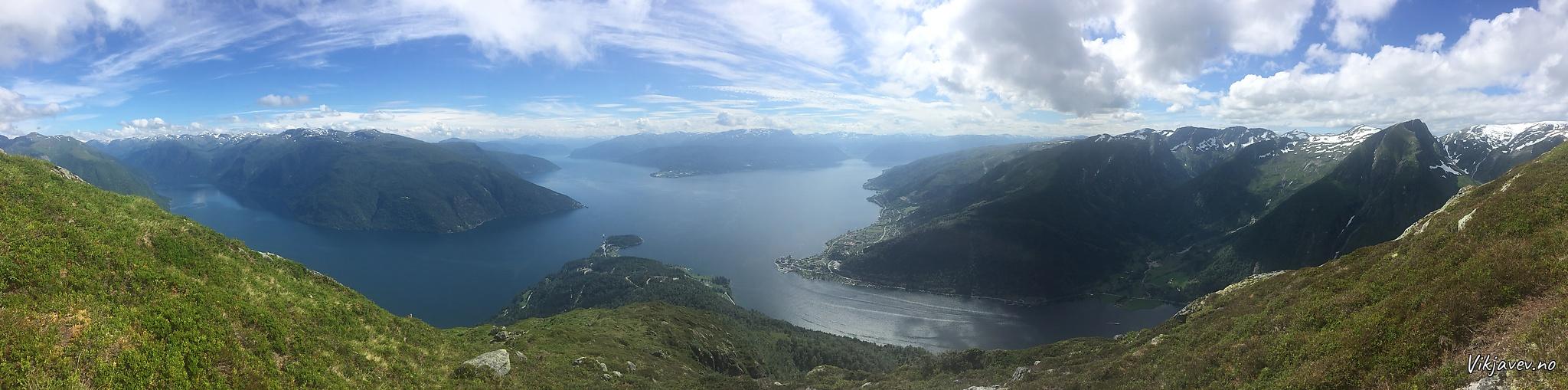 Panorama frå Tjuatoten