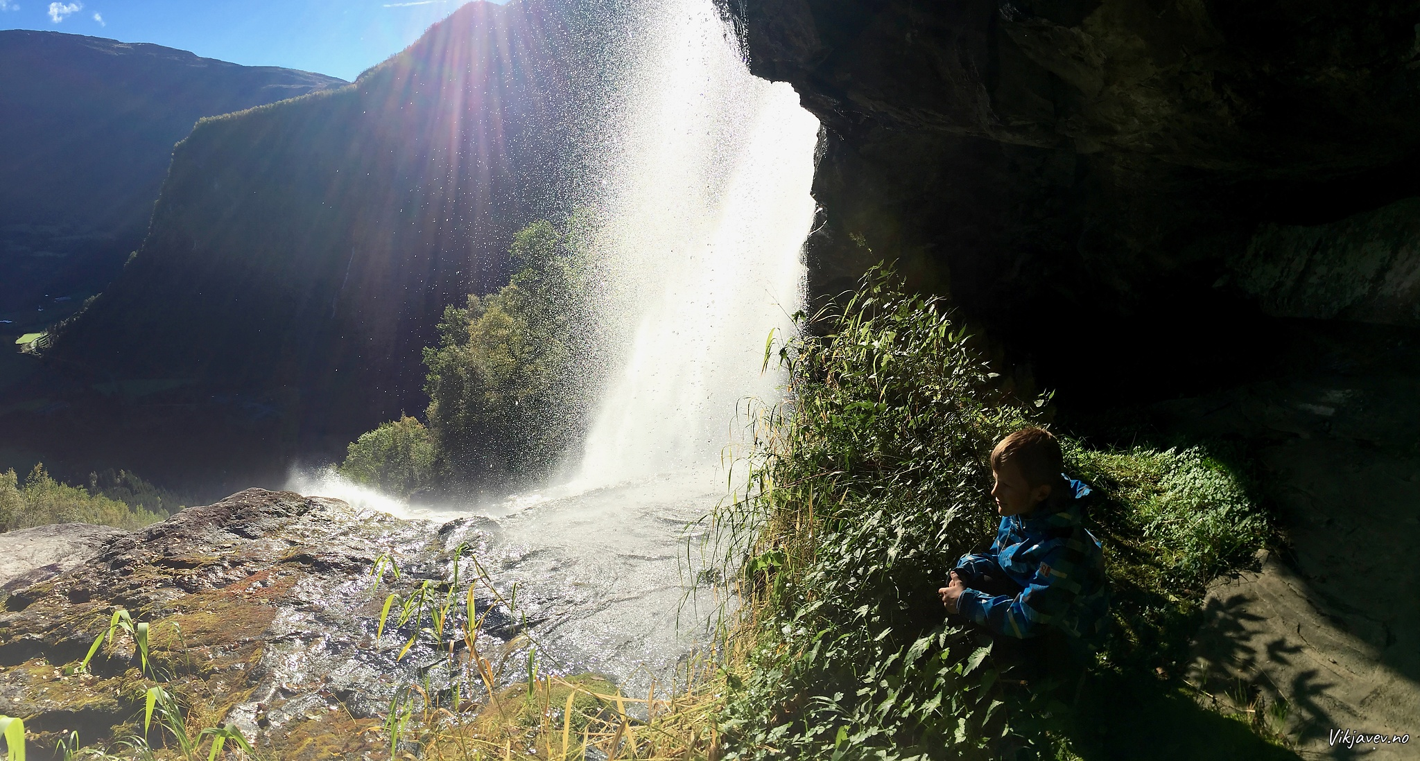 Under Haldorslifossen