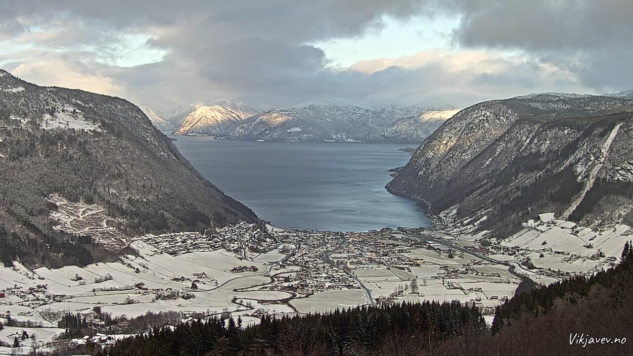 Vik i Sogn January 4, 2020 3:00 PM