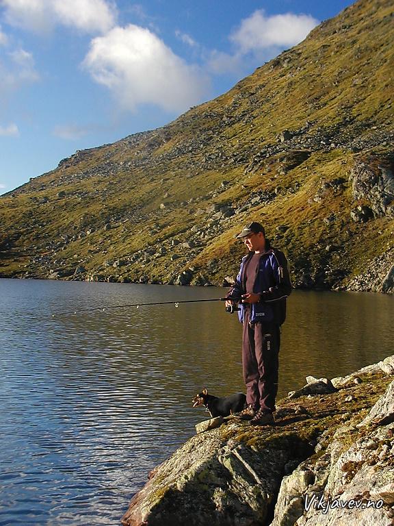 Fiske i Helgadalsvatnet