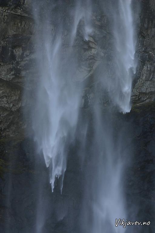 Fallande vatn