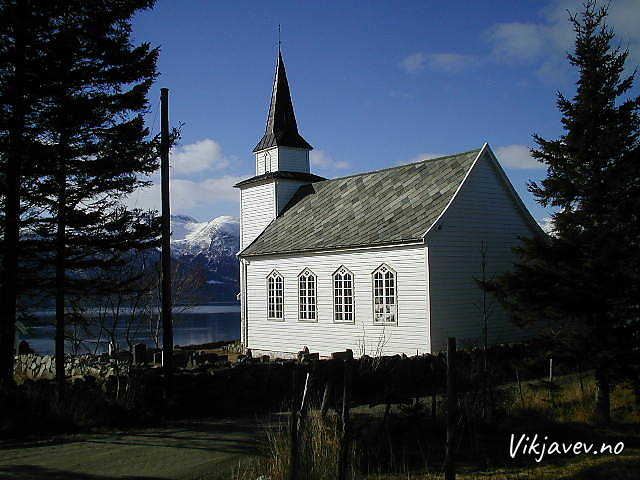 Vangsnes kyrkje