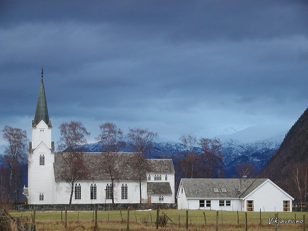 Vik kyrkje