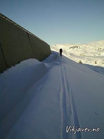 Stølsheimen på langs i mars